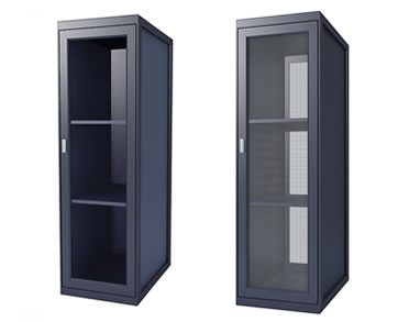 Server Rack with Plexiglas Door vs. Perforated Door